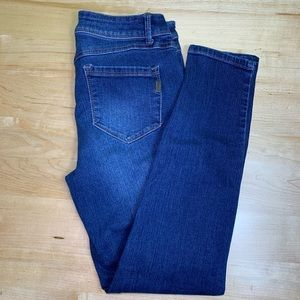 1822 Adrianna denim jeans size 6 great condition